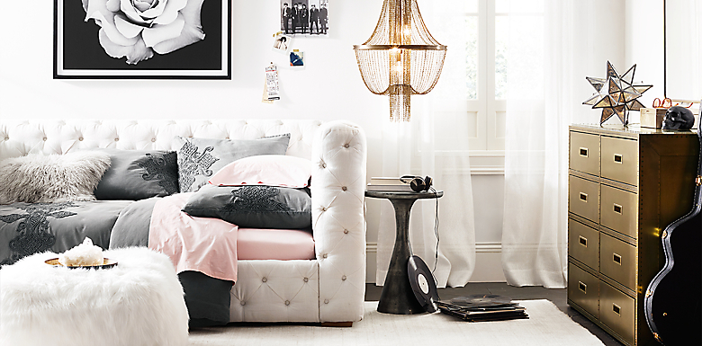 - Tribeca Tufted Daybed Bedroom RH TEEN