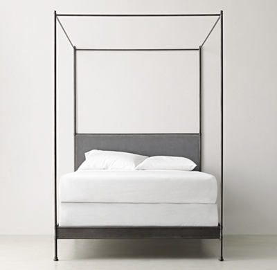 Incroyable Caleigh Iron Canopy Bed